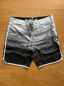 Hurley Phantom Horizon Ombré Boardshorts - Men's Size 34