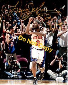 LARRY JOHNSON signed 8x10 Photo NEW YORK KNICKS LJ NYK Basketball JSA Witness