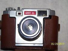 Antike Kamera Anny - 44 mit Ledertasche + Kaligar Focus Set Objektiv 1:8 mit Film