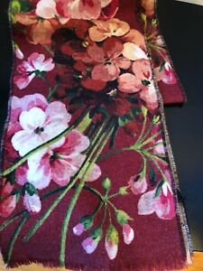 NEW GUCCI BLOOMS REVERSIBLE GG 100% WOOL MiniOrophin SCARF SCARVES WRAP