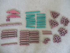 Super Lincoln Logs lot of 94 replacement pieces green+red roof, logs (1 4-notch)