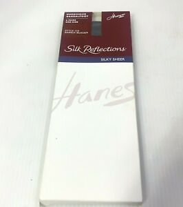 VIINTAGE Hanes Silky Sheer Silk Reflections #725 Knee Highs Color Barely Black