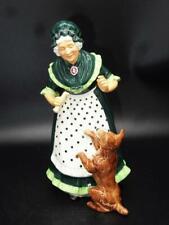 """Royal Doulton """"Old Mother Hubbard"""" Hn 2314 8"""" Porcelain Figure"""