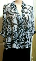 LADIES BLOUSE WHITE & BLACK FLORAL 3/4 SLEEVED FRILLY NECK SIZE 20