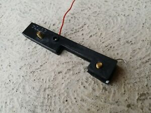 Hornby Dublo 20735 2 rail Castle Current Pick up ASSY Block X2 retaining screws