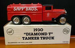 Ertl 1930 Diamond T Tanker Truck Sapp Bros die cast bank