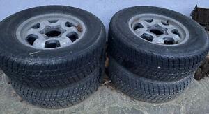 Ruote per fuoristrada con pneumatico 235 / 70 R16 106T M+S