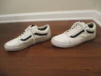 Used Worn Men's Size 8 Vans Old Skool Leather Skateboard Shoes White & Black