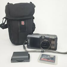 Canon PowerShot S70 7.1MP Digital Camera Black with case, battery and 2 gb card