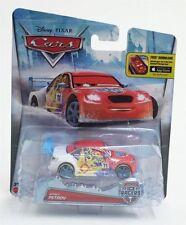 Véhicules miniatures rouge Mattel