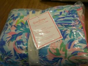 NWT Pottery Barn Lilly Pulitzer Pineapple Party Standard sham