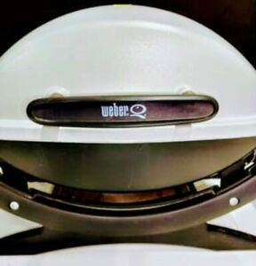 Used-Table Top Portable LP Gas Weber Q1000 BBQ Tailgating Grill, Works! NO Grate