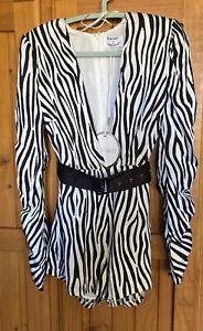 Runaway Ladies Black & white Jagged Zebra print Jumpsuit/Playsuit  size 6 Bnwt