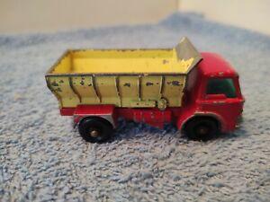Lesney Matchbox # 70 (B2) Grit Spreading Truck w/ Gray Slide, Rolls Nicely