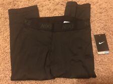 Nike Women's Tight Fit Capri Length Leggings X-Large Black NWT!!