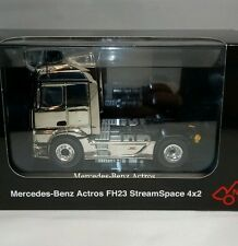 Mercedes Benz  Actros FH 23 StreamSpace 4x2, 1/50  SONDERMODELL CHROM 846/01