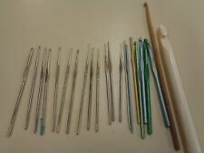 22 ASSORTED CROCHET HOOKS NEW AND VINTAGE