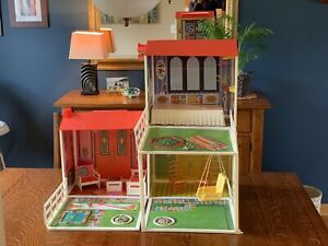 Barbie Lively Livin House With Original Box And Many Accessories #4961