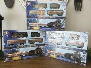 POLAR EXPRESS Lionel MINI Ready To Play Train Set 7-11925 Battery Operated NEW