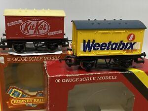 Hornby  Weetabix Closed Van R728 & KIT KAT Closed Van R722 both boxed