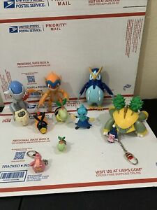 Pokemon Lot Of 11 Action Figures Jakks Nintendo + 7 Spheres