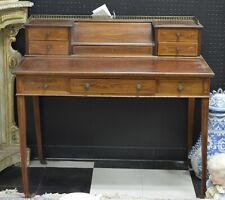 Antique Hippelwhite style desk