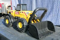 Mighty Tonka Loader Construction Truck - pressed steel - USA