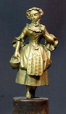 B 18èm jolie statuette statue bronze doré 18cm560g jeune paysanne romantique