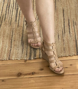 jessica simpson Leather Nude Beige Gladiator Wedge Heels Sandals shoes 7