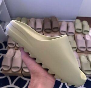 Deadstock Yeezy Slides with OG Box Sizes 7,8,9,10 Bone