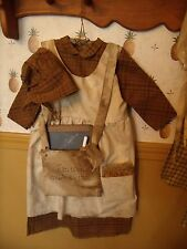 PATTERN~Prairie/school girl dress/pioneer/my primitive saltbox/hanger/prim/pt081