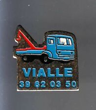 RARE PINS PIN'S .. CAMION TRUCK  DEPANNAGE DEPANNEUSE GRUE VIALLE ~AV
