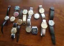A LOT OF 14 VINTAGE TIMEX WRISTWATCHES FOR REPAIR