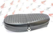 Honda CB 750 Four K3-K6 Sitzbank Metallboden Schriftzug Repro Neu