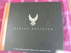 HARLEY-DAVIDSON A THREE DIMENSIONAL TRIBUTE TO AN AMERICAN ICON POP-UP BOOK 1998