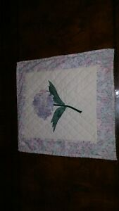 """Collectible Decorative Wall Hanging Floral Quilt Oblong 15"""" x 14"""""""