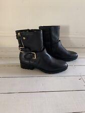Ladies Black Boots Size 6.5