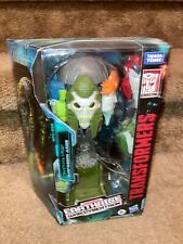 Hasbro Transformers War for Cybertron Earthrise Voyager QUINTESSON JUDGE NIB