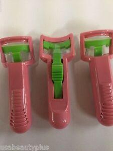 3 X Maybelline Plastic Eyelash Curler - Pink - NEW.