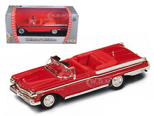 1957 MERCURY TURNPIKE CRUISER RED 1/43 DIECAST MODEL BY ROAD SIGNATURE 94253