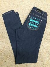 Roca Wear Classic  Womens Jeans Size 7 Medium Wash Denim Green Logo Skinny Jeans