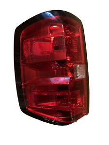 Fits 14-15 Chevrolet Silverado 1500 Right Passenger Side Tail Light NSF