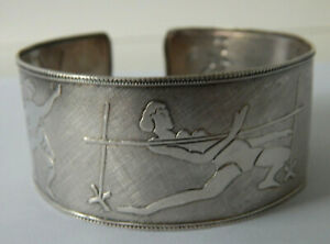 Vintage Sterling Silver Repousse Figurative Cuff Bangle