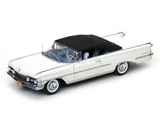1 18 Sunstar OLDSMOBILE 98 Convertible with Softtop 1959 White/black