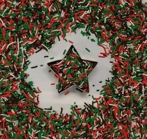 Christmas red green choc + white sprinkle/fudge/gift ideas/cakes/cakepop/biscuit