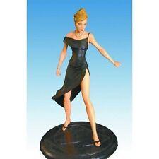 DIAMOND SELECT Sue Storm Formal Wear Statue 2007 Premier Collection 146/1000