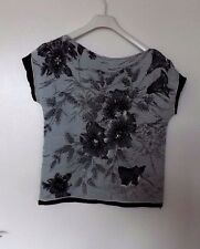 K ARNOLD Size L GORGEOUS  PLEATED STRETCH BLACK / SILVER GREY SEQUINED TOP  NEW