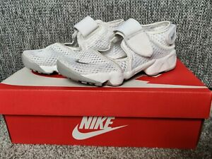 Nike Air Rift Sandals Infants/Kids Uk2.5 Eu35 White Summer Cost £44.99
