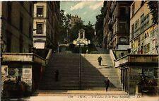 CPA LYON Escalier de la Place Sathonay (462924)