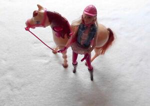 Mattel Barbie Puppe und Reitpferd mit Funktion,laufendes Pferd auf Knopfdruck